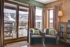 PINOTEAU 2332   Cozy and perfectly located condo for rent in Mont-Tremblant
