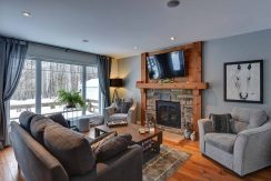 SUMMER – GÉLINAS LAKE ACCESS | Semi-detached house with lake access for rent in Mont-Tremblant