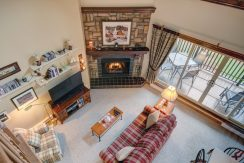 LES MANOIRS 104-8 | Cozy, on the Le Géant golf course, condo for rent in Mont-Tremblant