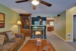 109 RABELLINO | Pretty townhouse in the heart of the Old-Village for rent in Mont-Tremblant